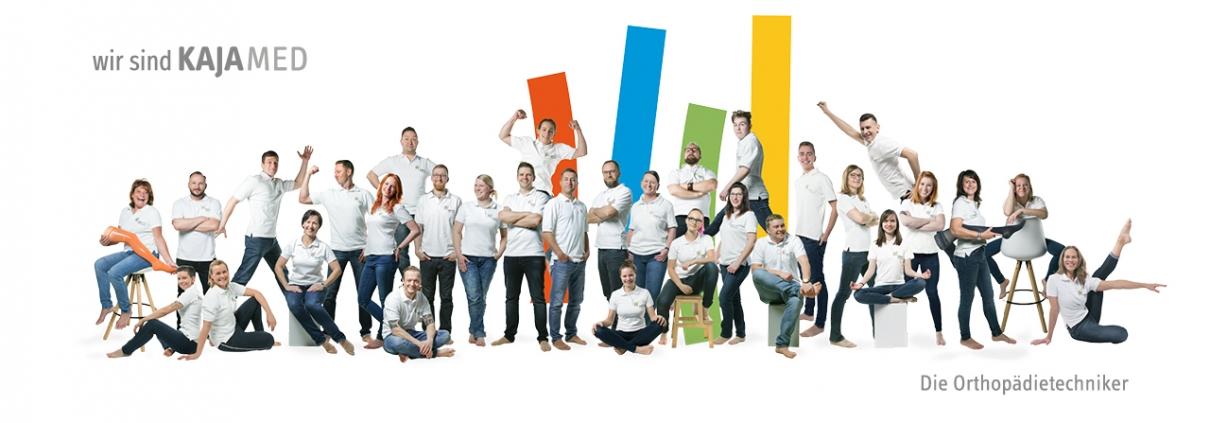 Wir sind Kajamed. Das ist unser komplettres Team.